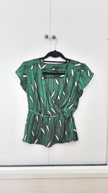 graphicgreenshirt